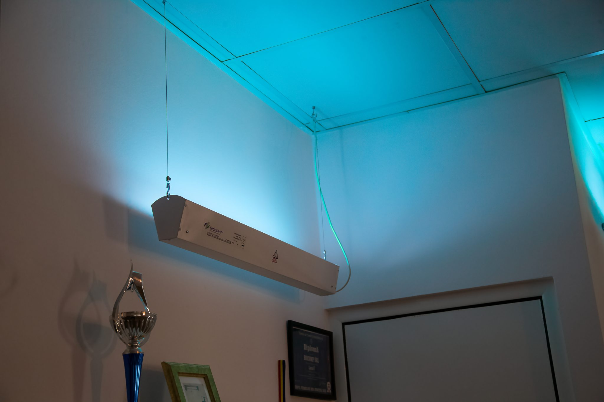 lampa 1 hol
