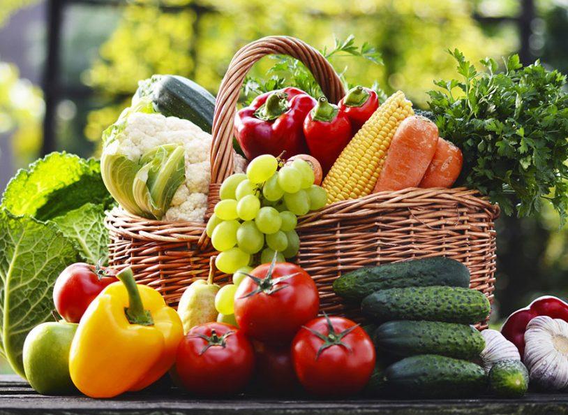 Cum consumam in siguranta fructele si legumele proaspete