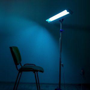 Lampa-dispozitiv de dezinfecție cu lumina ultravioleta UV-C LBA 2x15W, cu montare pe stativ mobil